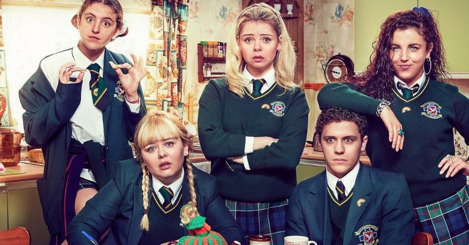 Derry Girls e la cultura popolare degli anni 90 - IrishFilmFesta
